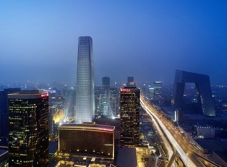 已和世界其它大都市的建筑风格接轨,在不断涌现鳞次栉比的高楼同时,也