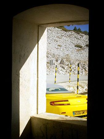 高亢 试驾阿斯顿马丁v8 vantage敞篷跑车高清图片